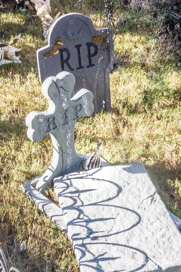 RIP Halloween gravestones in different shapes