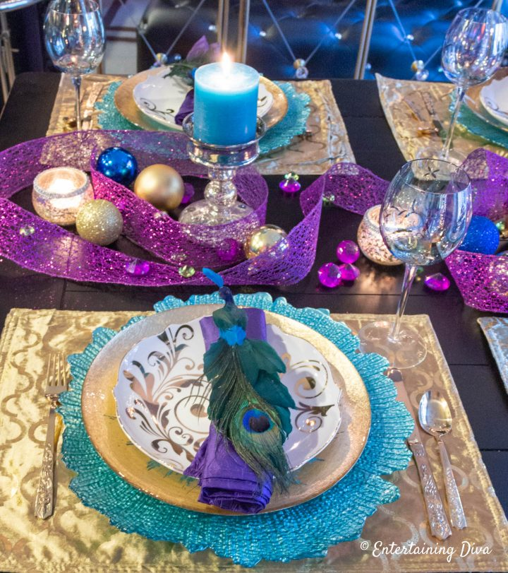 Peacock table setting