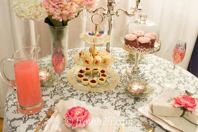 Create your own vintage tablescape