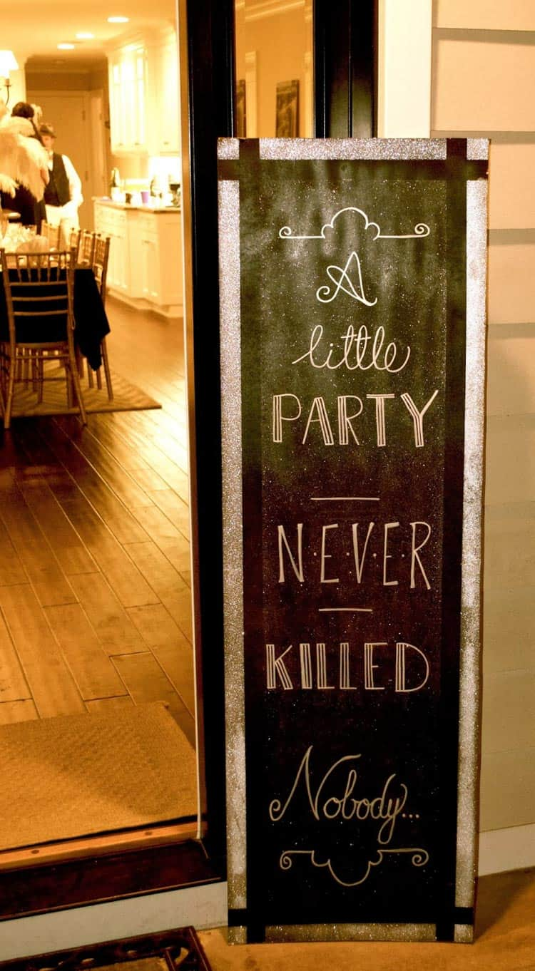 15 Fun And Fancy Great Gatsby Party Decor Ideas