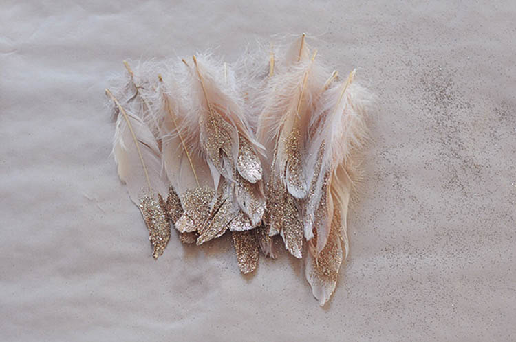 Feathers with glitter from frankie.com