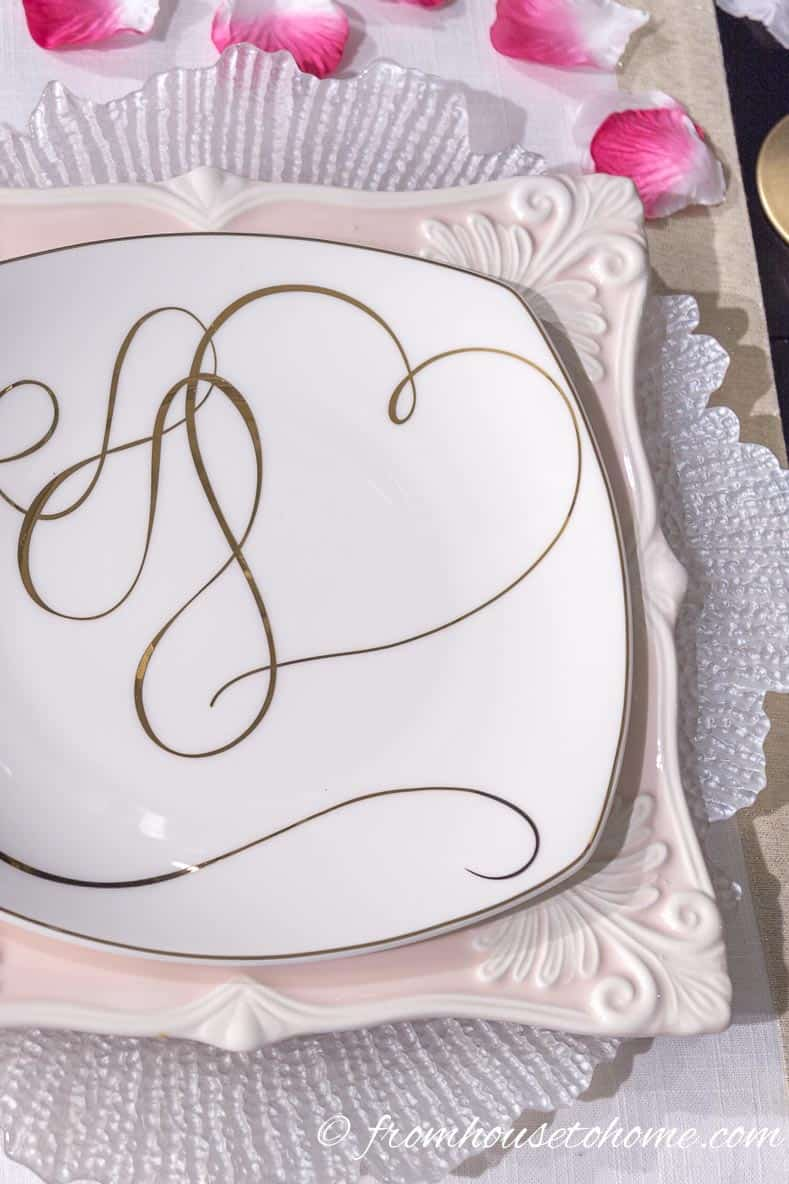 "Mikasa's ""Love Story Gold"" accent plate 
