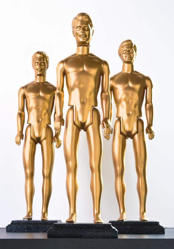 DIY Oscar Statues (from diycandy.com) | 15 Fabulous Oscar Party Ideas