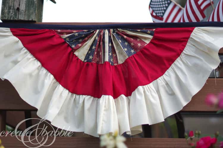 DIY Patriotic Bunting is an Easy Fourth Of July Ourdoor Decor Idea
