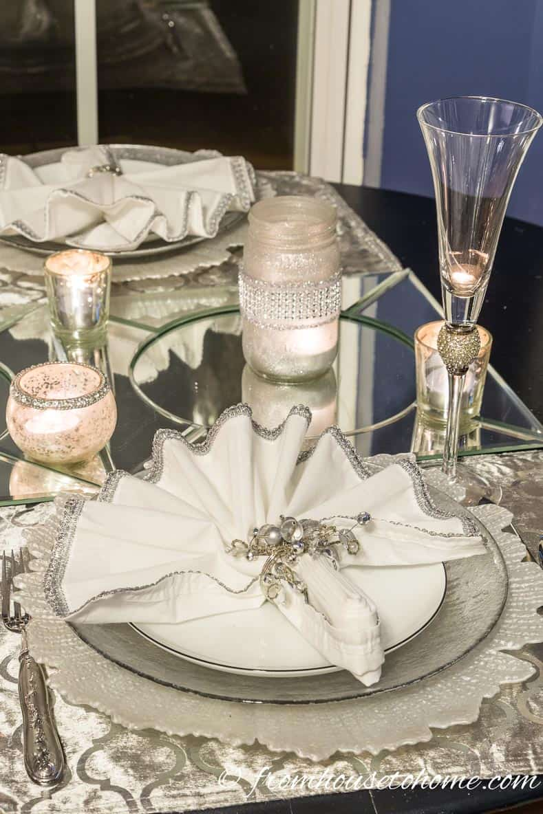 Silver and white table setting goes with the winter theme | Silver and White Winter Table Setting