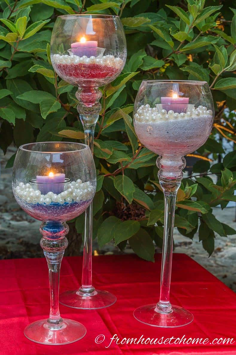 Red, white and blue sand candle holders | Easy 4th of July Outdoor Decorating Ideas
