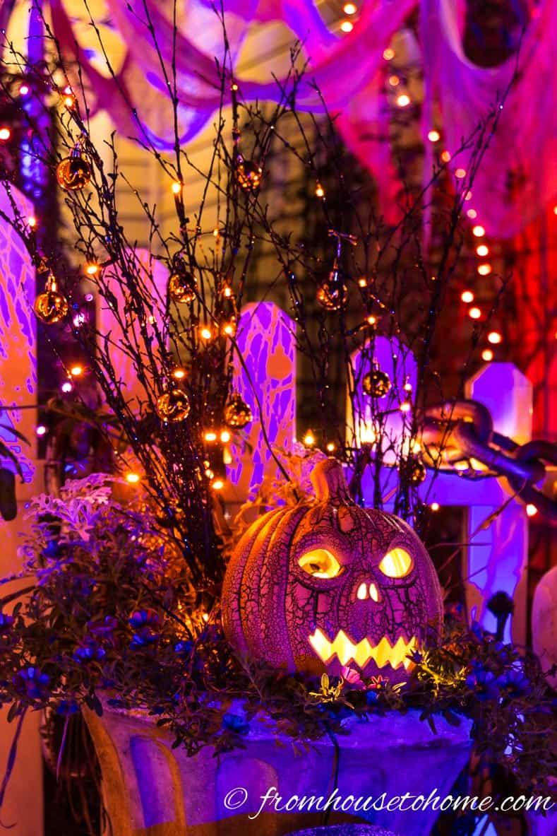 Halloween Outdoor Lighting Ideas: 18 Spooky Ways To Light Your Yard  Entertaining Diva @ From