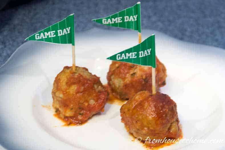 Football party crockpot meatballs