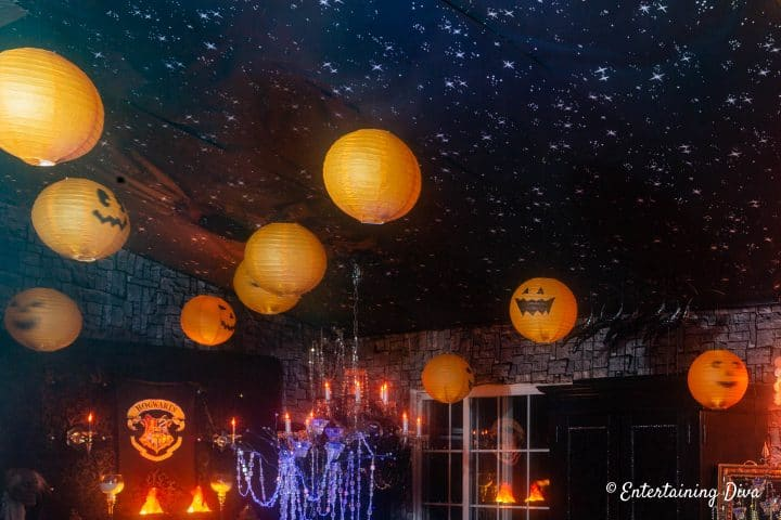 Harry Potter Halloween party ideas - Pumpkins hanging from the ceiling