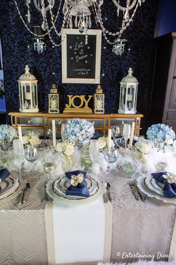 White and blue winter wonderland table decor