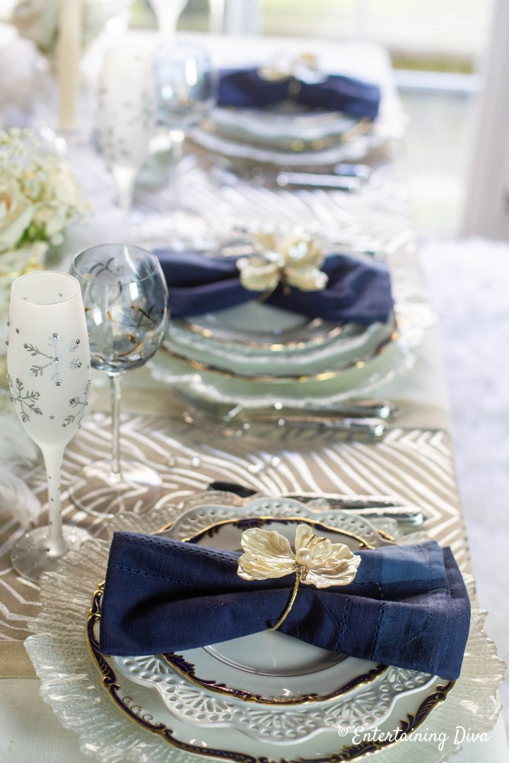 Blue and white winter wonderland table decor