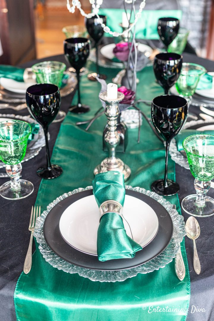 Harry Potter table decor for Slytherin house