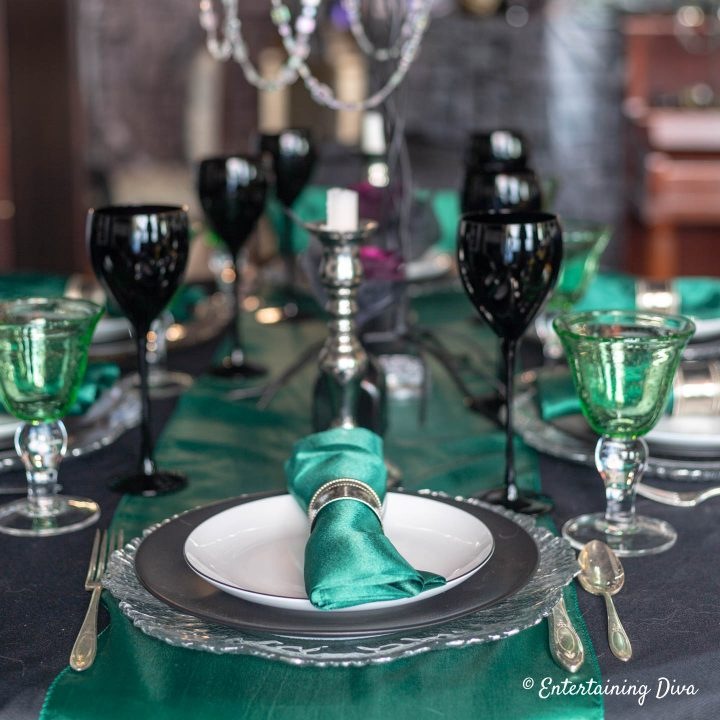 Harry Potter table decorations for Slytherin house using green, silver and black