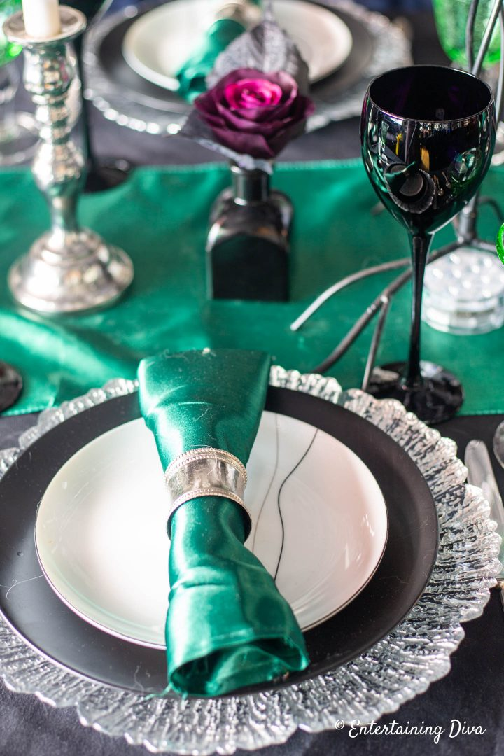 Harry Potter party Slytherin house place setting