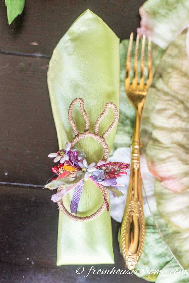 Easter bunny napkin ring