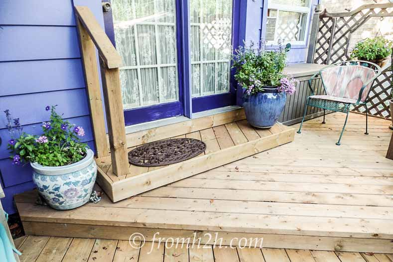 Even the pots are blue! | How To Create a Relaxing Deck