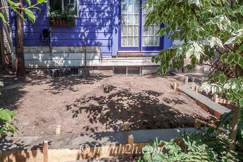The dirt before the deck   How To Create a Relaxing Deck