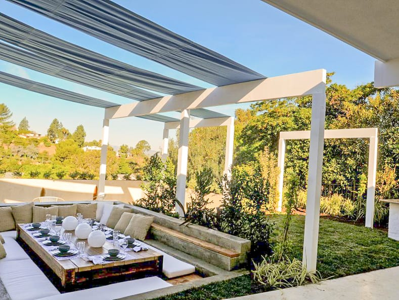 DIY outdoor shade canopy by Jamie Durie (from HGTV)