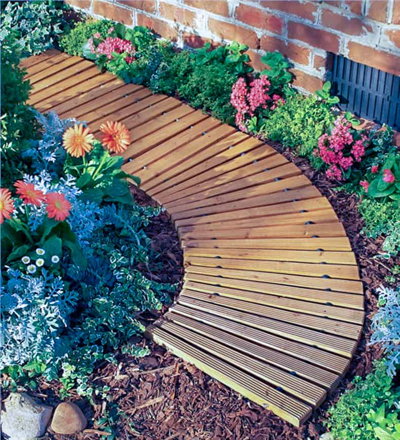 Roll-out wooden garden path