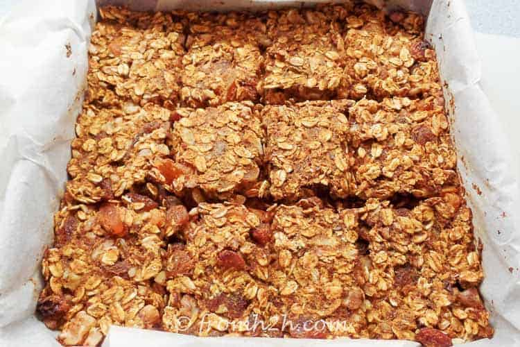 Cut the granola mixture into squares | Sugar Free and Gluten Free Granola Bars
