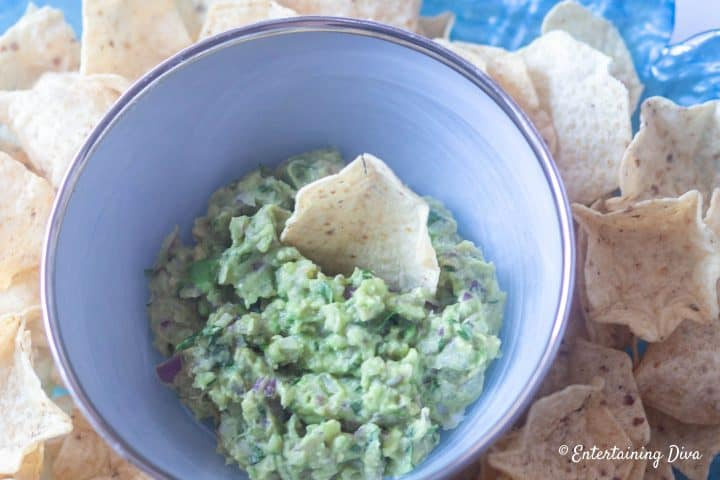 Avocado guacamole dip in a bowl