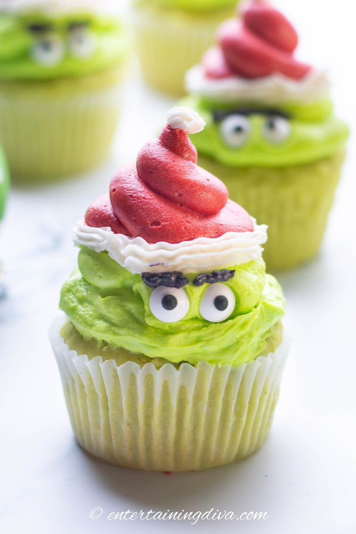 how the grinch stole Christmas cupcake