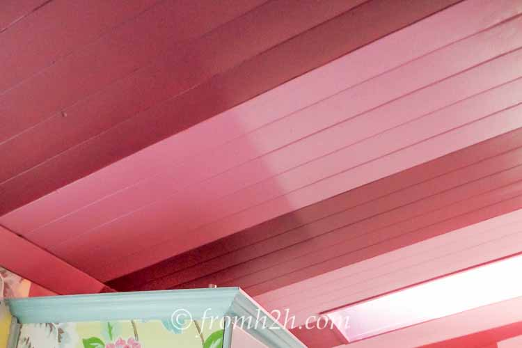 Bold stripes brighten up this kitchen ceiling