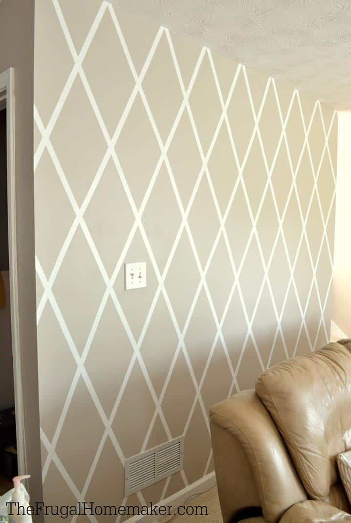 Painted diamond pattern | 7 Interesting Ways To Paint Your Walls