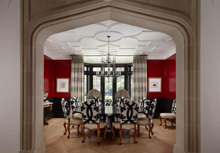 A red dining room stimulates the appetite