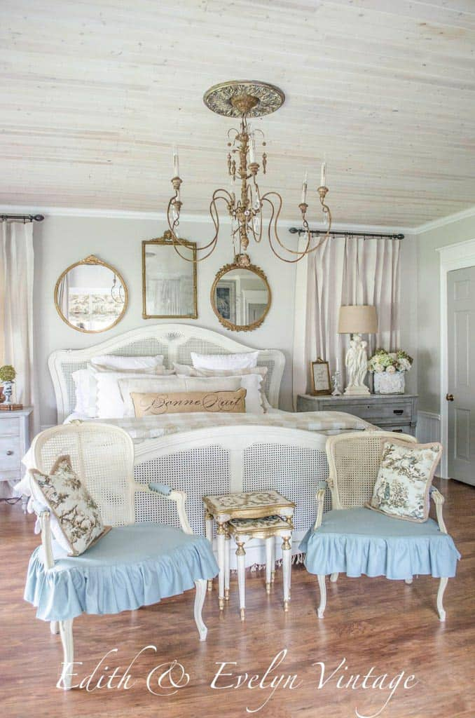 Master bedroom with planked ceiling via edithandevelynvintage.com