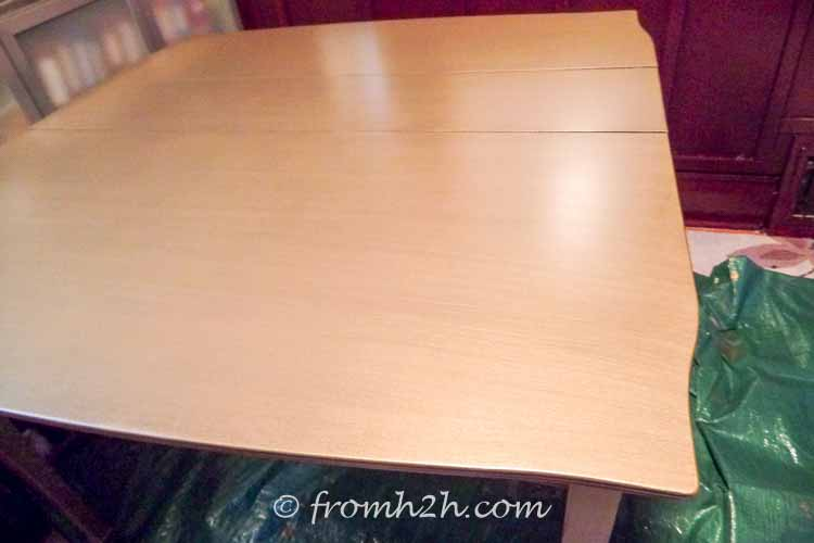 The table painted with brass paint color | Urban table makeover using metallic paint