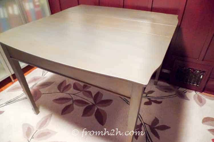 The finished table | Urban table makeover using metallic paint