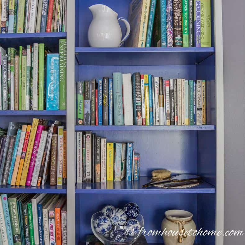 7 Simple Ways To Dress Up Your Bookshelves