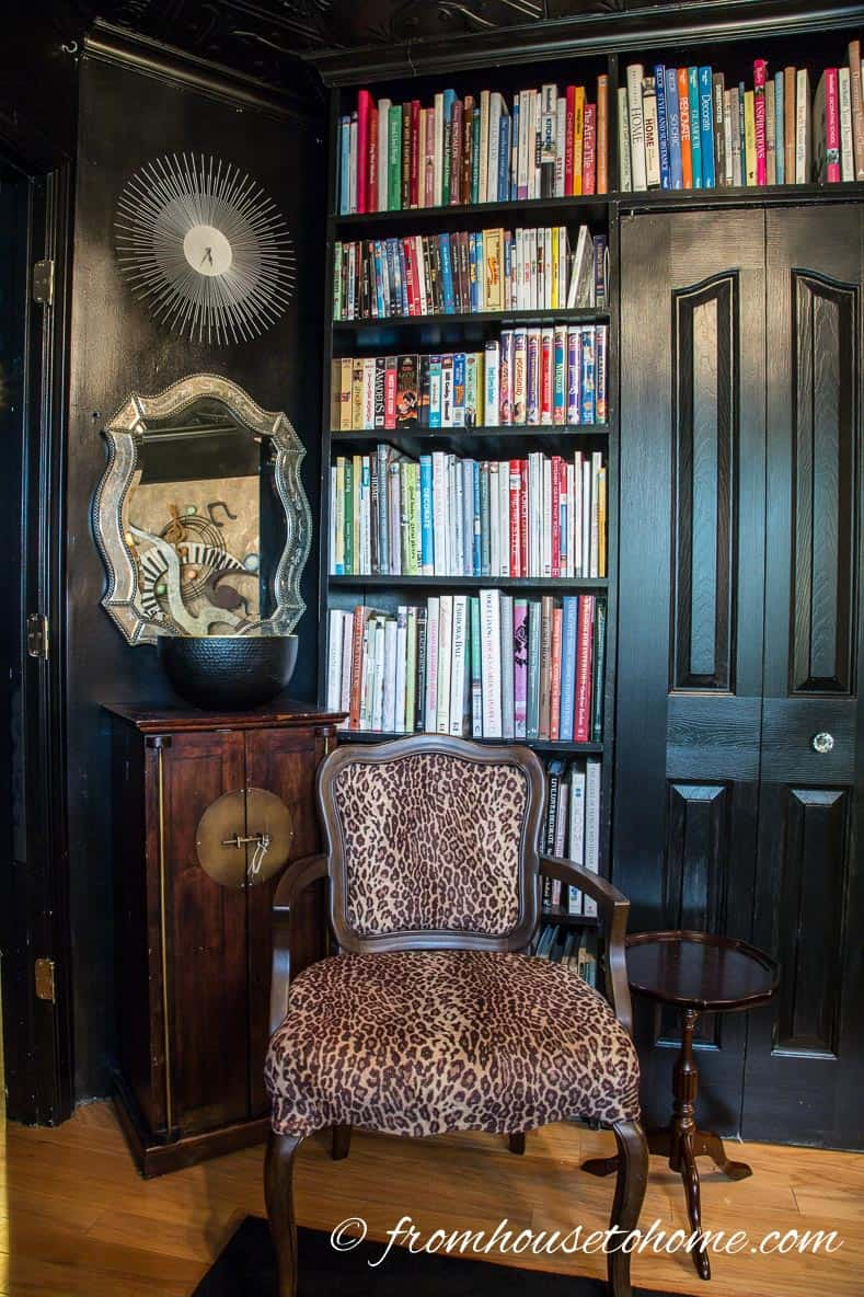 The corner by the door is pretty much the same   How to Make Your Desk More Comfortable