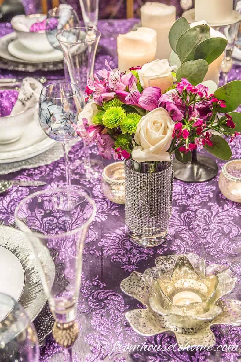 Thanksgiving table decor flowers