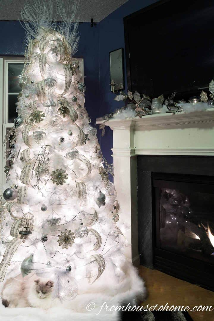 The finished all white Christmas tree
