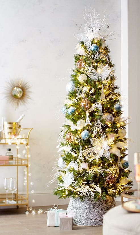 Special Memories Christmas Tree via pier1.com | 10 Creative Christmas Tree Themes To Get Inspired By