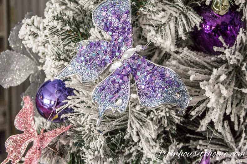 Purple and white Christmas tree | Christmas tree decorating ideas that will inspire you