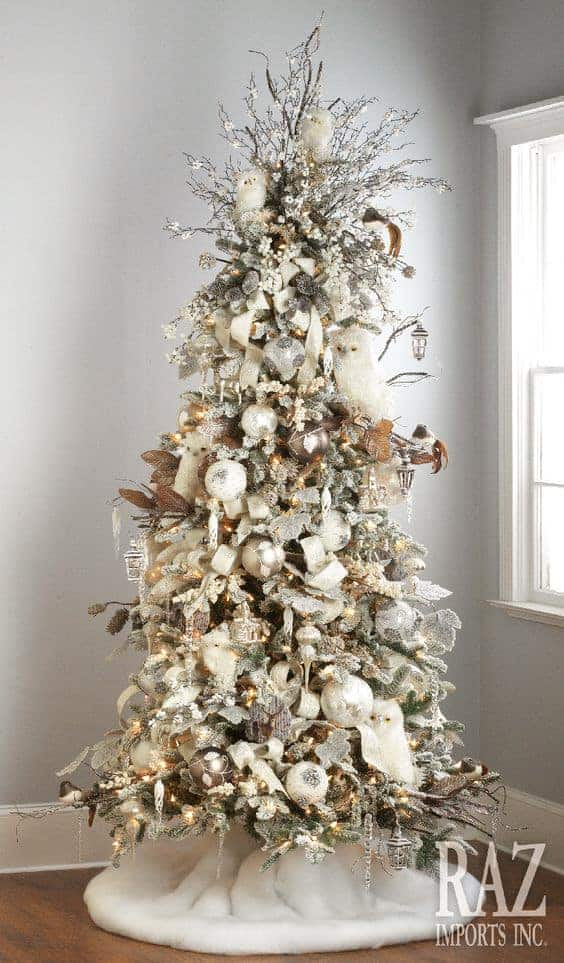 Winter Woodlands Christmas Tree via razimports.com | 10 Creative Christmas Tree Themes To Get Inspired By