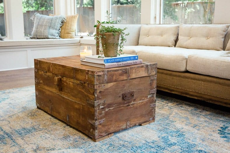 Fixer Upper Farmhouse style living room, via hgtv.com - Most popular home decor trends of 2017 | If you are planning to do some decorating this year and are looking for some inspiration, this list of the current home decor trends will give you some idea of what is new and popular for interiors in 2017.