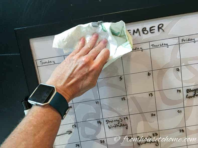 This DIY dry erase calendar tutorial is the BEST! I love that I can make it any color to match my office decor and big enough to see. Definitely pinning! #organization #homeoffice #backtoschool