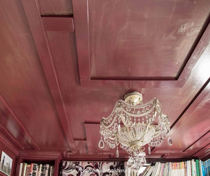 Ceiling with craftsman-style moldings on it