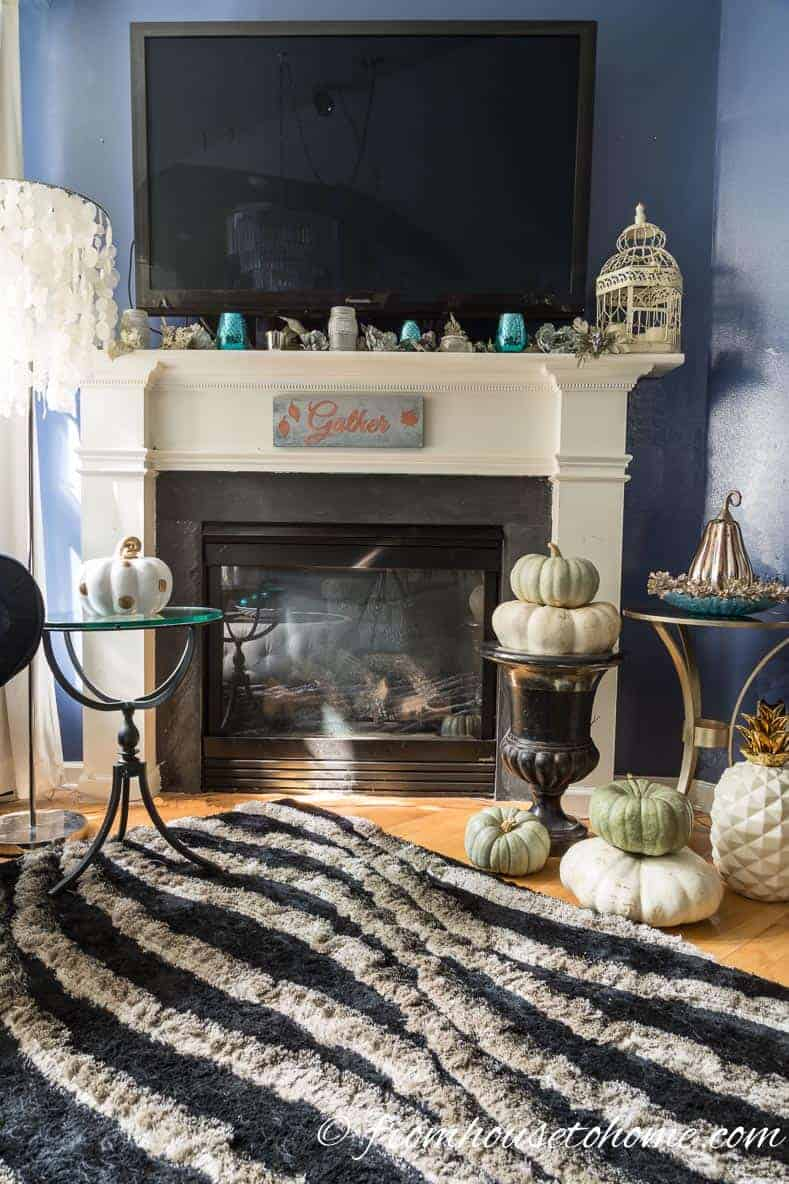 If you're looking for some easy and inexpensive fall decor, this DIY fall sign is perfect for hanging on your fireplace mantel or wall.