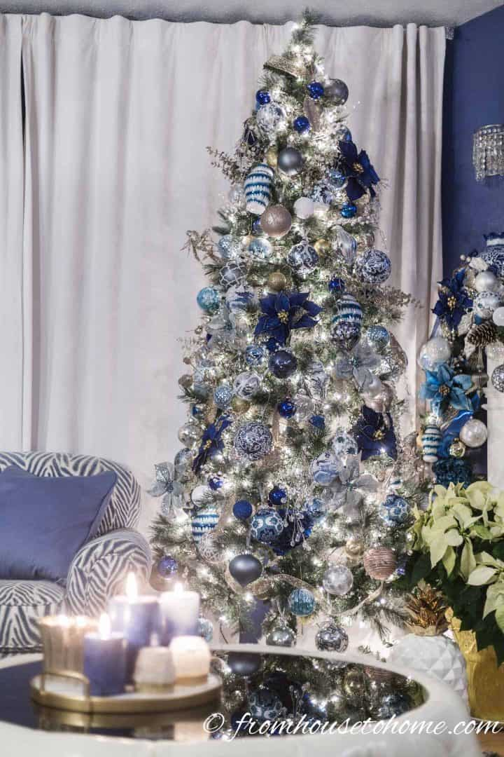 The blue and white Christmas tree