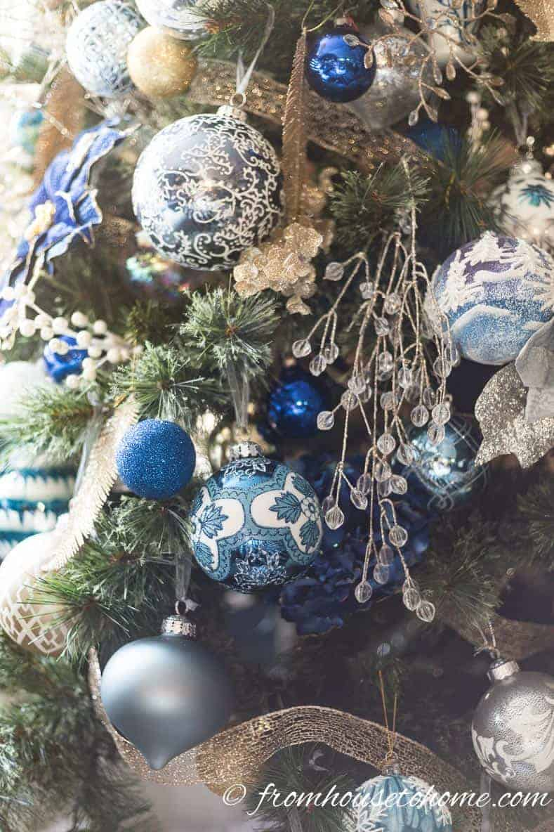 Blue, white and gold ornaments | Blue and White Christmas Home Decorating Ideas