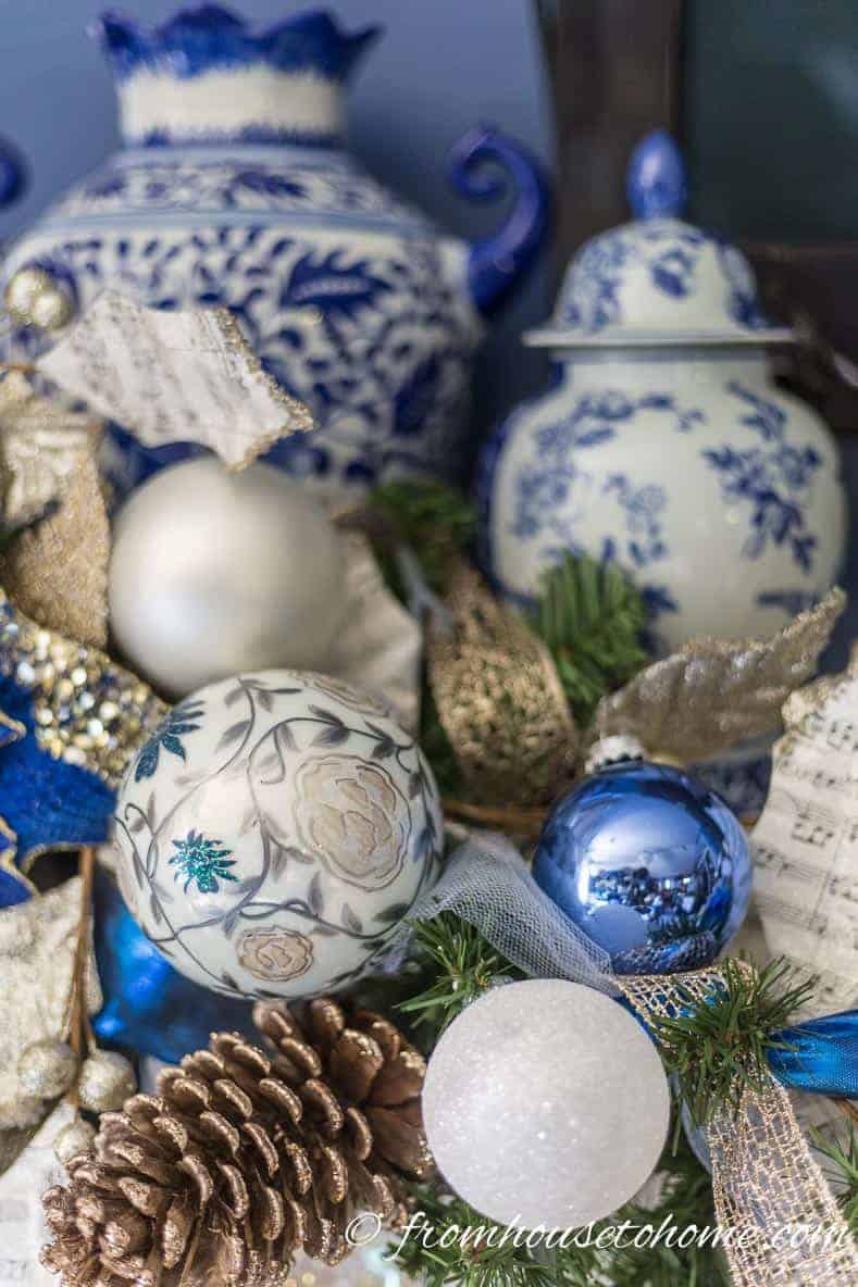 Blue and White Christmas Home Decorating Ideas