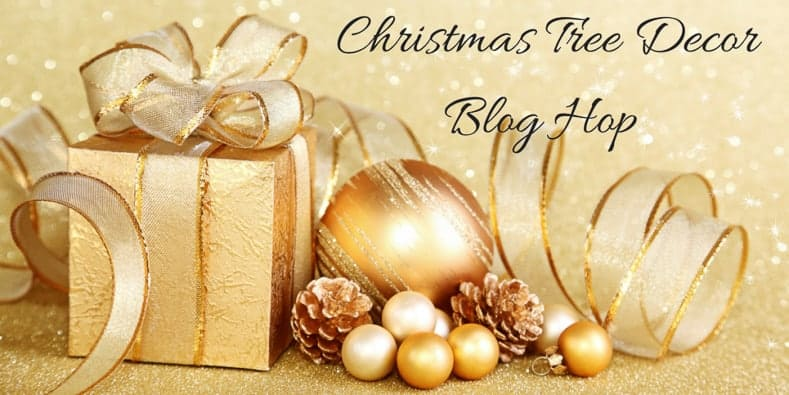 Christmas tree decor blog hop | 40 Ways To Decorate a Christmas Tree