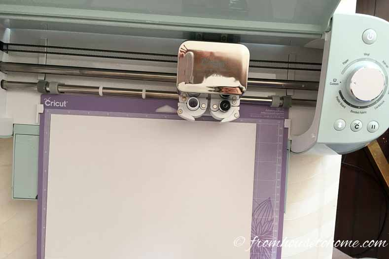 Cricut Explor Air 2 in action