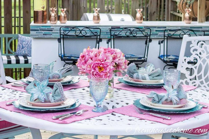 Pink and turquoise Palm Beach chic table setting