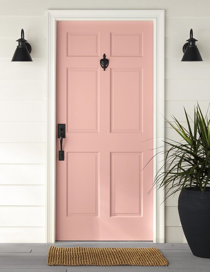 Exterior door painted in Behr's 'Bubble Shell', one of the 2020 paint color trends